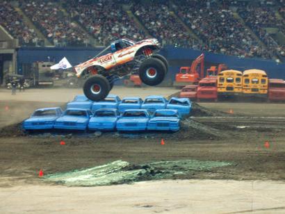 monstertrucks_race.jpg