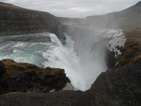 20100525-IcelandWaterfall.jpg