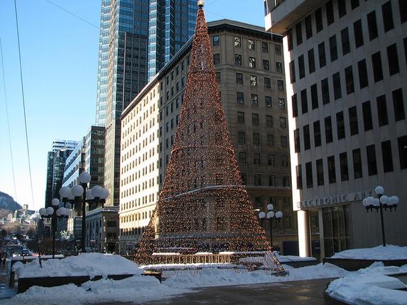 Downtown Xmas Tree