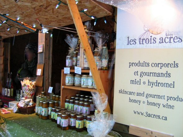 Les Trois Acres Honeywines at the Longueuil Christmas Market