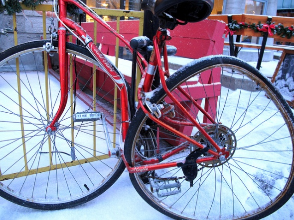 Bicycle montreal winter