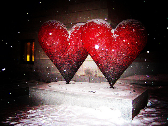 hearts,photo of the day,Pool,Museum,Montreal,Snow