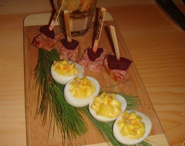 20110323-La Cabane Eggs.jpg