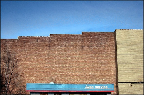 wall,brick,service,station,old,sky