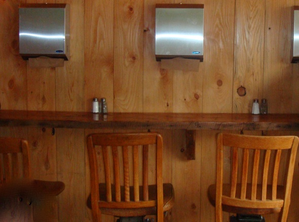 Icehouse counter