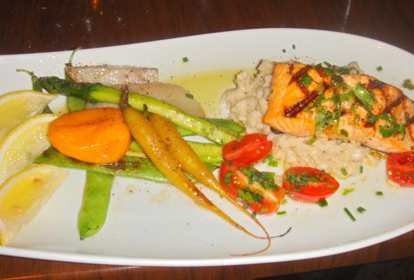 Restaurant Misto salmon