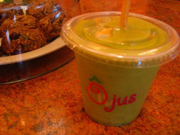 O-Jus-mile-end-smoothies-wheatgrass
