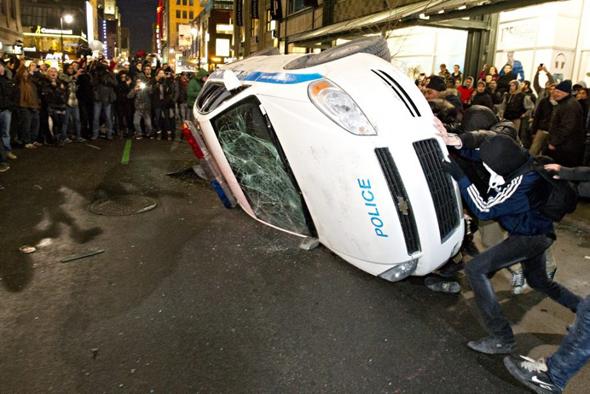 policecar.jpg