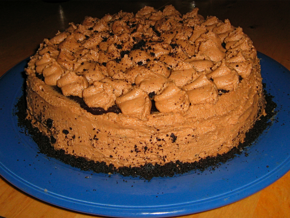 gluten-free-Chocolate-fudge-cookie-dough-cake-withmocha-buttercream