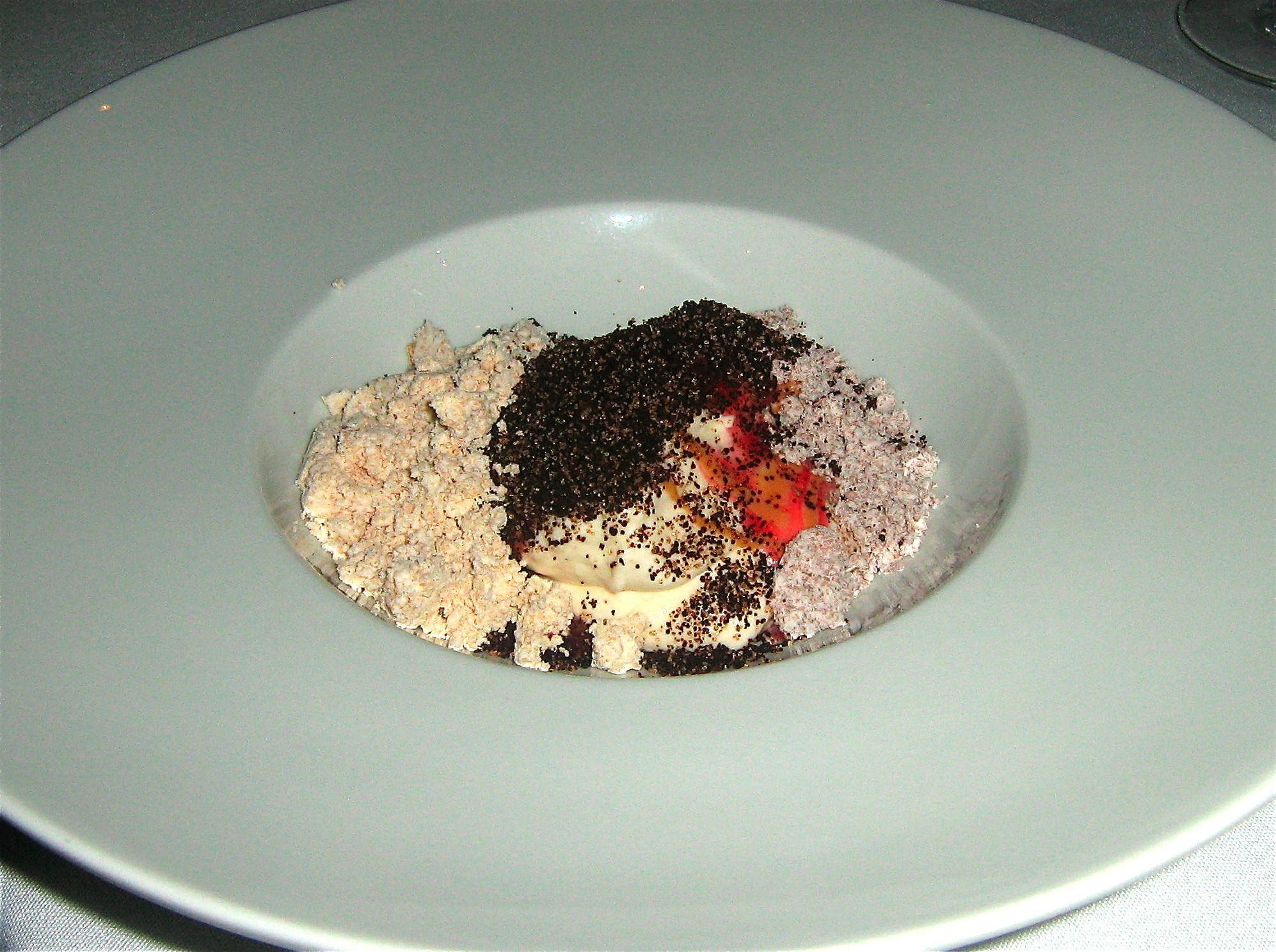 raza-coffee-caramelized-banana-mousse-dehydrated-peanut-butter-strawberry