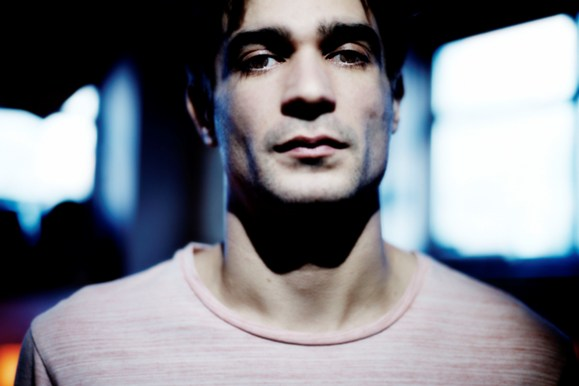 Jon Hopkins 8 - general - pc Steve Gullick_300dpi08.jpg